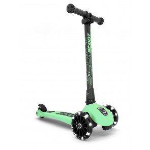 SCOOT&RIDE dječji romobil - Highwaykick 3 LED - Kiwi